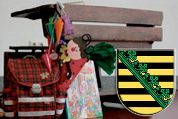 Zeugnisausgabe und Beginn der Ferien für die Schüler in Sachsen