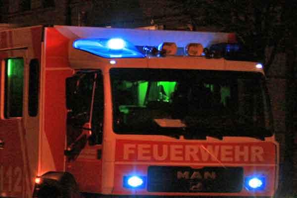 Verletzte nach Brand in einem Mehrfamilienhaus in Leipzig-Grünau