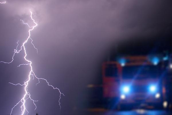 Blitzeinschlag auf Festivalgelände - 51 Verletzte bei Metal-Festival in Sachsen