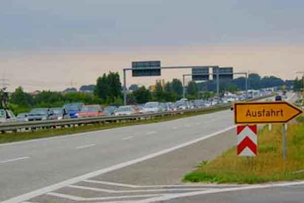 Verkehrseinschränkungen auf der A 14 Leipzig-Dresden am Autobahndreieck Nossen
